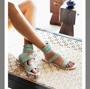 Free People little fox sandals